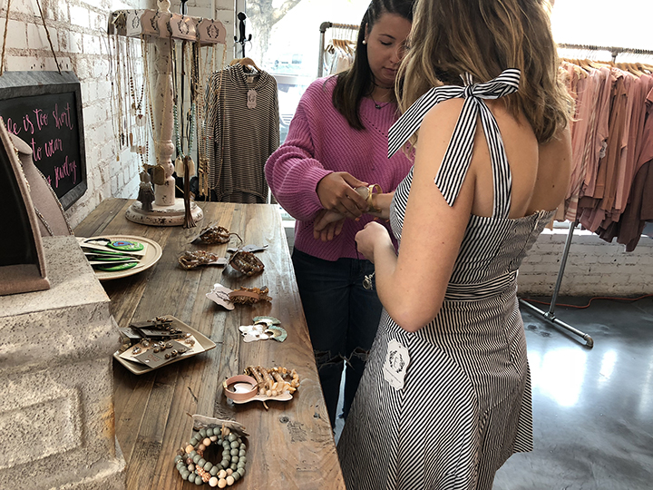 Fashion Board programing director, Natalie Perkowski, accesorized model Hannah Marie Hix's look from Entourage's new spring collection, which you can shop for 20% off during the boutique crawl Friday.