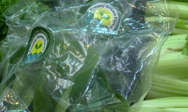 As consumers deal with tainted lettuce, one store urges buying local