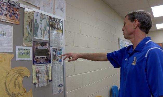 Legendary Lexington coach says goodbye to high school basketball