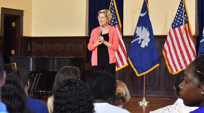 Elizabeth Warren visits Allen University for campaign tour