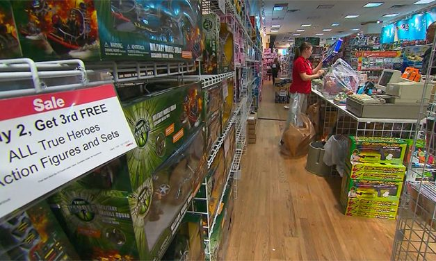 Fewer holiday shopping days, but retailers shouldn't worry