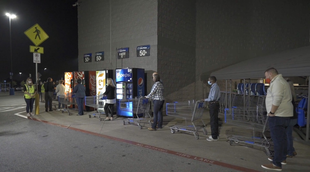 Stores prepare for Black Friday shoppers